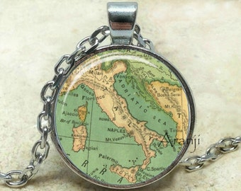 Vintage map of Italy art pendant, map necklace, map jewelry, Italy map necklace, vintage map necklace, Italy necklace, Pendant #HG193P