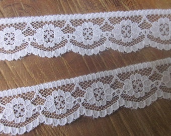 White Floral Lace Trim - White Lace - White Edging - Vintage Style Lace - Scalloped Lace