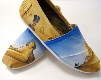 Egyptian Themed Toms. Sphinx Tomb Toms. Egypt Toms. Hand painted Toms Shoes. Egyptian Toms. Queen Nefertari Toms