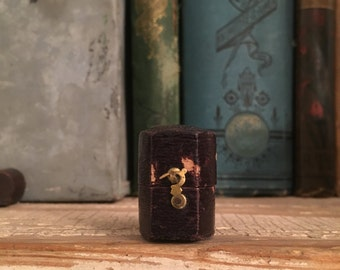Antique Victorian Leather Ring Box