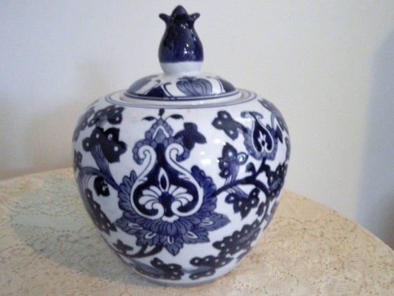 Asian Ginger Jar Blue And White Lotus Blossom Ginger Jar