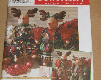 """Uncut Pattern - Simplicity 7893 - 22"""" Reindeer and clothes - stuffed animal, dress, vest, blouse, pants and bow"""