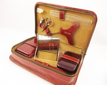 Leather Shaving Kit - Dopp Kit - 'Sovereign' - Travel Cases From the '50s - Leather Case With Zipper Plus Orignal Containers - Overnighter