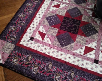 Unity Star Quilted Table Topper / Wall Hanging