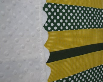 Green, Yellow and White Infant/Toddler Drag Along Blanket