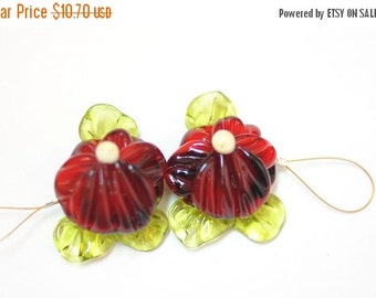 ON SALE Handmade Glass Lampwork Beads - 2  Beads Set  -  Red Green Flower Garden Pansy