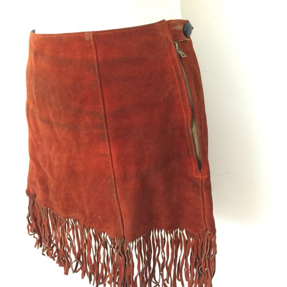 "Vintage suede mini skirt 1970s tasselled skirt real leather suede rusty red skirt fringed skirt 70s boho hippy style 28"" waist"