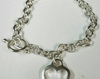 Sterling Silver 925 charm heart bracelet with toggle lock