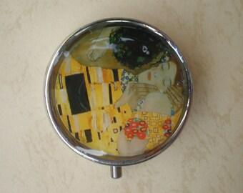 Klimt art pill box, Pill case, Pill container, Pill box, The Kiss, Gustav Klimt, Jewelry box