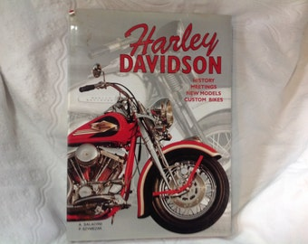 Vintage Harley Davison Book History Meetings New Modesl and Custom Bikes by A Saladini and P Szymezak