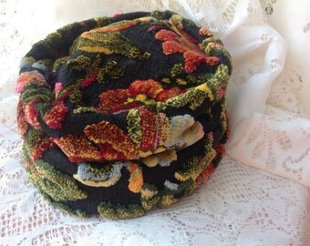 Vintage Hat Union Made Tapestry Hat Pill Hat Floral