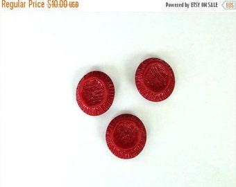 SUMMER SALE Set of 3 Vintage Red Bakelite Buttons for supplies/creativity/Destash/Antique buttons*
