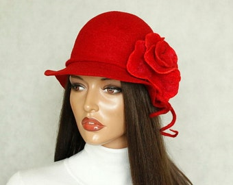 Red hat Red cloche Felted hat  Red felt hat  Cloche felt Red hat with red brooch Elegant hat