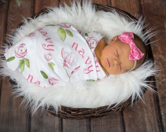 Personalized Swaddle Blanket - Magnolias Design – Personalized Swaddle Blanket / Baby Name Blanket / Hat / Headband / Customized Blanket Set