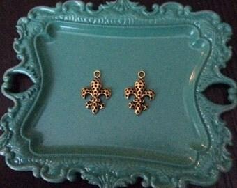12 Pieces Fleur De Lis Charms 25x15mm Antique Gold Finish, Saints Fleur De lis Charms, Gold dotted Fleur charms, 27-17-AG