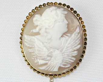 Late Victorian Cameo Brooch