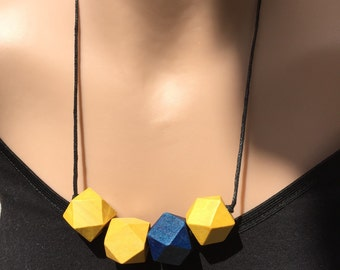 Wooden beaded octagon necklace