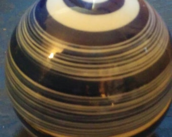 Vintage blue porcelain Asian ball globe trinket box. 82 Bsouth