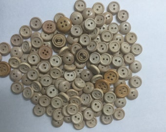 bulk 155 mix small and big  wood buttons