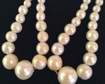 Pearl beaded pierced earrings 2 in