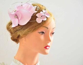 Pale pink floral hat, Pale pink fascinator, Pale pink hat, Flower fascinator,  Wedding fascinator, Wedding floral hat