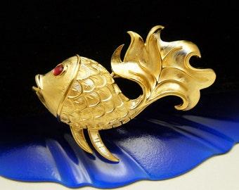 Crown Trifari Vintage Brooch Figural Fish Brooch Red Cabochon Eyes Gold Tone