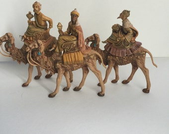 Vintage ITALIAN 3 wise men with camel, Christmas Nativity   Figurines Made in Italy collection Fontinini  Italy figurines