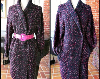 BOUCLE Sweater Coat / fits S-L / 70s Popcorn Sweater Coat / Hot Pink Tweed Boucle Sweater / Vintage Boucle Cardigan Coat