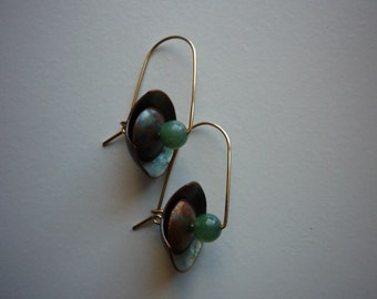 Vintage Modernistic 14K Yellow Gold Copper Jade Bead Dangling Earrings