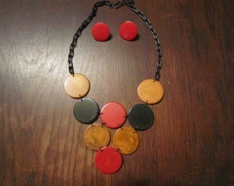 Bakelite Disk Necklace and Earrings