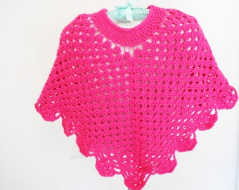 Endearing Girls Poncho (AD) is a Crochet pattern. This pattern is rated as being Easy (Level 2).