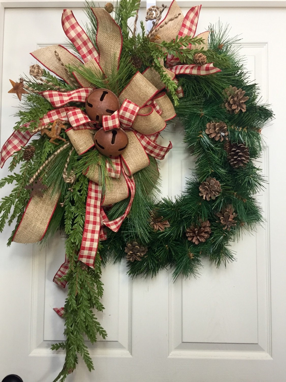 Country wreath christmas burlap rustic pine wreath for Burlap wreath with lights