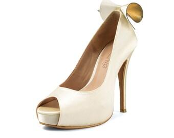 Bow Love Ivory Wedding Heel, Satin Ivory Bridal Heel, Satin Ivory Peep Toe Pumps, Off-white Wedding Shoe, White Wedding