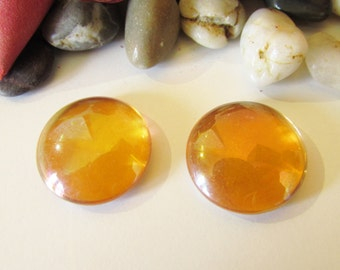 D-03537 - 2 Glas Cabochons red Orange 20mm