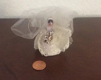 Tiny Vintage Bride Figure, Vintage bridal Topper, Vintage Bride Miniature