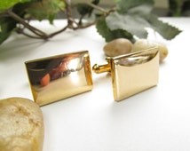 Vintage Mens Gold tone Speidel USA Cuff links 70s Era Featuring Rectangle Shape  Front Face and Bullet Back  Cuff Clasp Excellent Condition