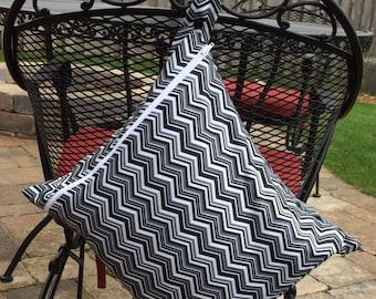 XL Wet bag-Leakproof, Washable, Reusable Wet bag for cloth Diaper-Black Chevron Pattern