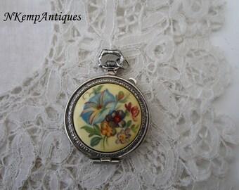 Vintage locket pendant