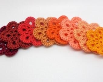 8 flowers with crochet hook size 4.5 cm