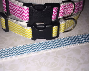 Adjustable Medium Size Nylon Dog Collar Chevron Print