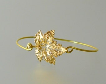 Gold Maple Leaf Bangle Bracelet, Gold Bangle Bracelet, Gold Maple Leaf Bracelet, Bridesmaid Gift Ideas (115G,)