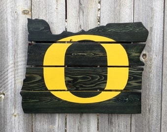 Recycled Pallet Oregon Ducks