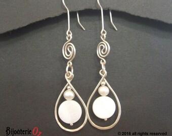 Pearls and swirls tear drop earrings, bridal earrings, wedding earrings handmade by BijouterieOz
