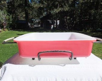 Pink/Flamingo Pyrex 222 Brownie Pan 8 x 8 with Cute Black Caddy/Holder