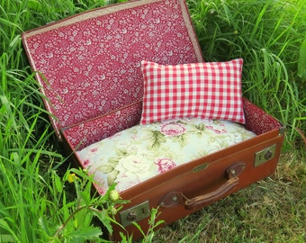 A quirky pet bed, made from a vintage 1940s suitcase.  Cat bed.  Dog bed.  For pets with a taste for vintage...