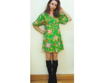 """Lovely Vintage """"Diolen"""" 60s/70s Floral Hippie Puff Sleeve Mini Dress"""