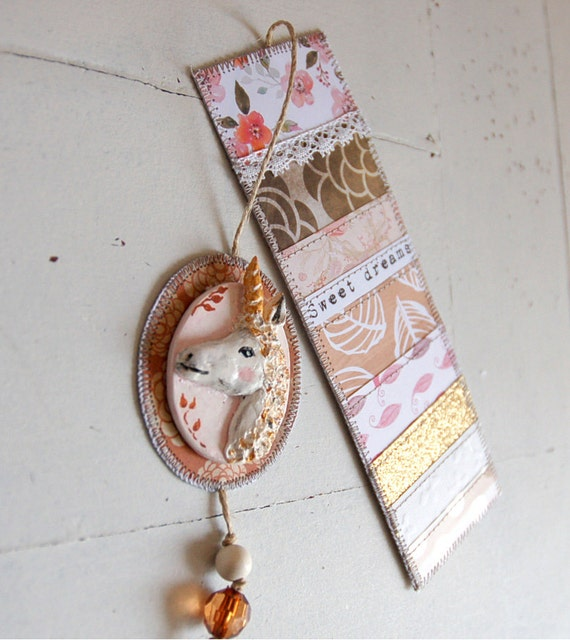 Bookmark totem Unicorn - customizable
