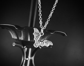 "GOTHIC Silver-tone Vampire BAT Charm Necklace +16"" Chain, Desmodus Rotundus"
