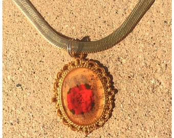 Vintage flower Resin Necklace Romantic Necklace