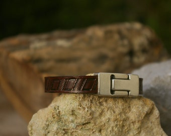 Hand tooled leather bracelet